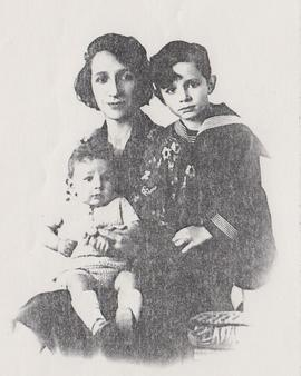 "Schamroth and Taub Families, ""Dora Schamroth and her two sons"""