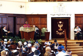 "Sandak-Lewin, ""Archbishop Tutu addressing the congregation at Temple Israel"""